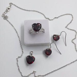 3 PCS 1 LOT Heart shaped natural fire red Garnet